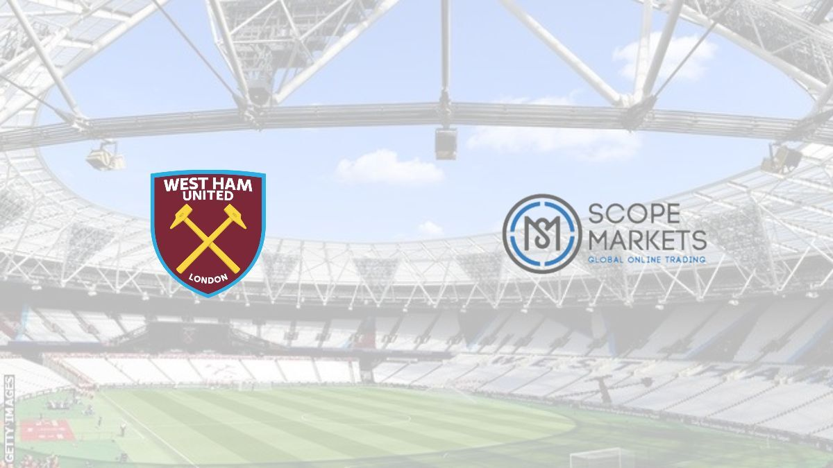 West Ham United signs sleeve sponsor deal extension with Scope Markets ahead of the 2021-22 season