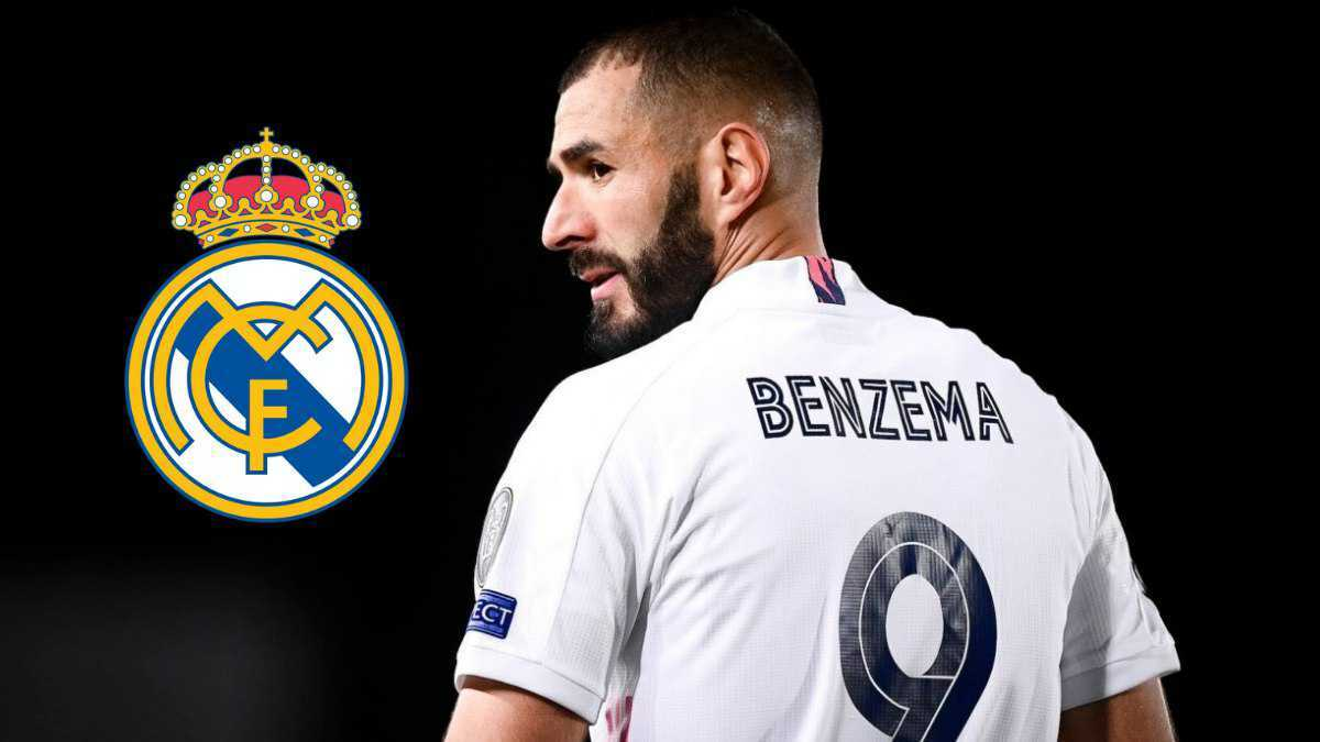 Karim Benzema renews his contract with Real Madrid CF